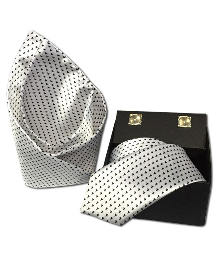 Vibhavari White & Black Sleek Tie With Pocket Square & Cufflink Set Of 3