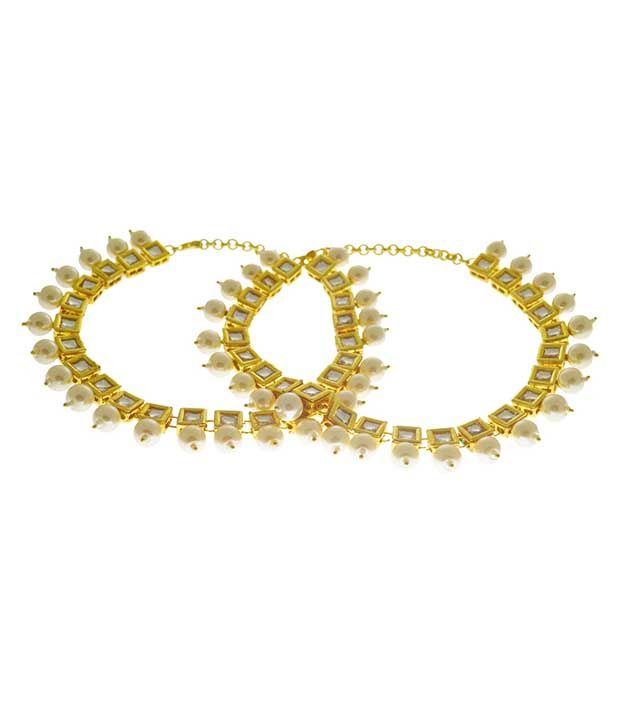 Imlistreet Golden Alloy Pair Of Anklets