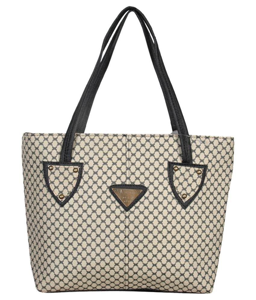 Lkc Beige P.u. Shoulder Bags
