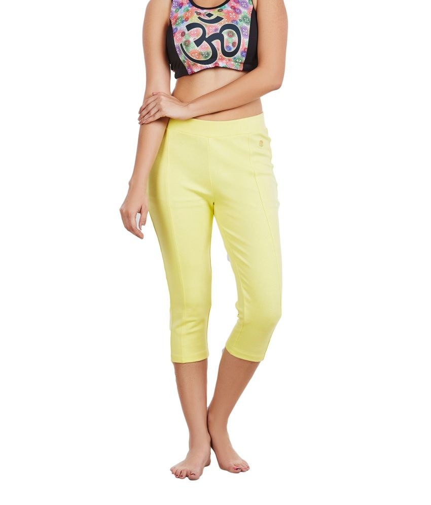 Foreveryoga Yellow Regular Fit Capri Leggings - Yellow