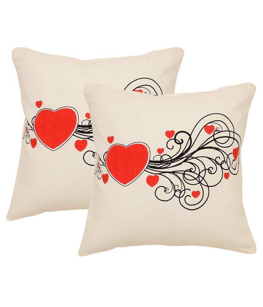 Khrysanthemum Oxford Cotton Valentine Heart Cushion Cover - Set Of 2