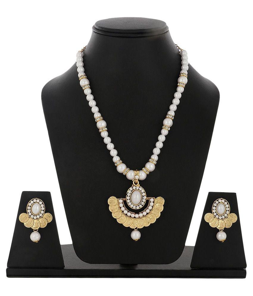 Sabtera Creations Golden Alloy Necklace Set