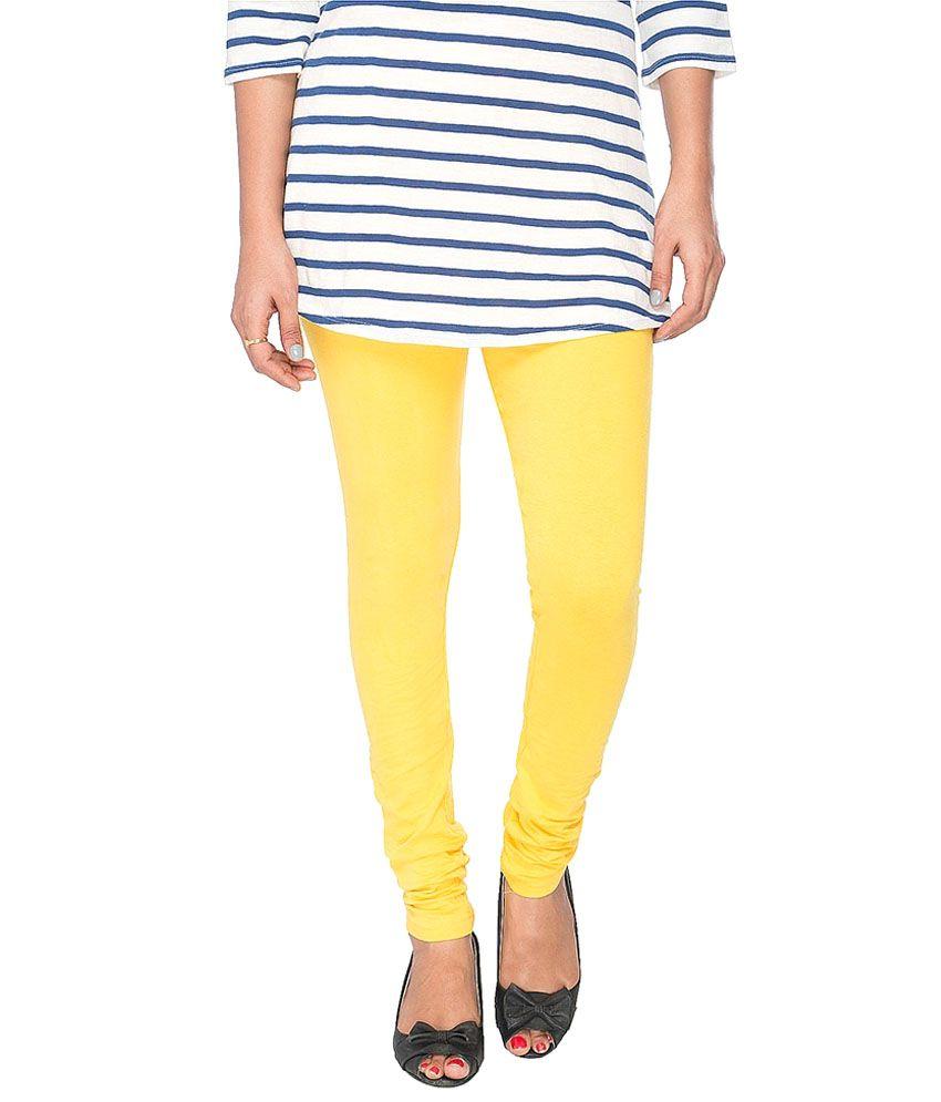 Kat Wears Yellow Lycra Leggings