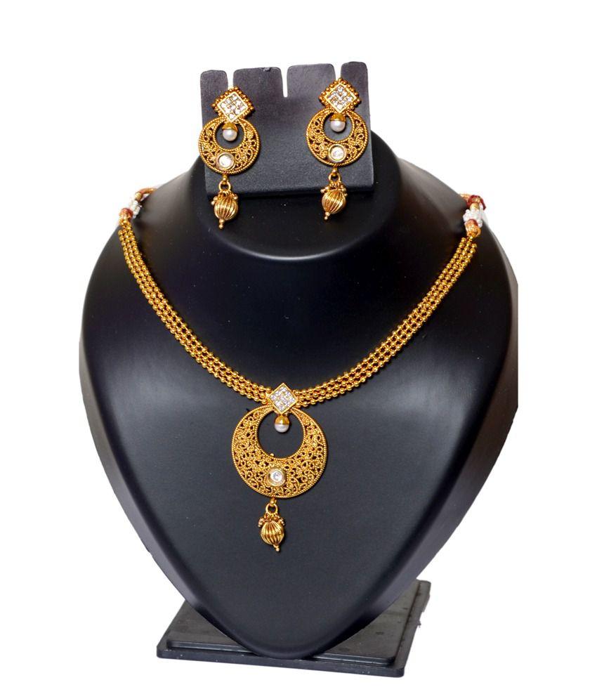 Way2style Golden Exotic Polki Necklace Set