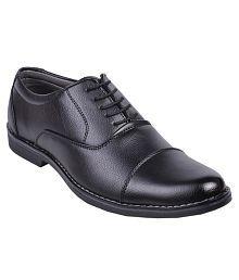 Leeport Black Formal Shoes