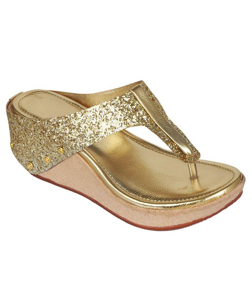 Suyash Gold Wedges Heels