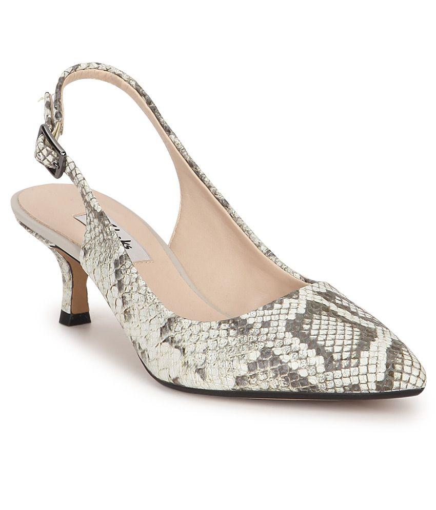 Clarks Gray Kitten Heels Price in India- Buy Clarks Gray Kitten ...