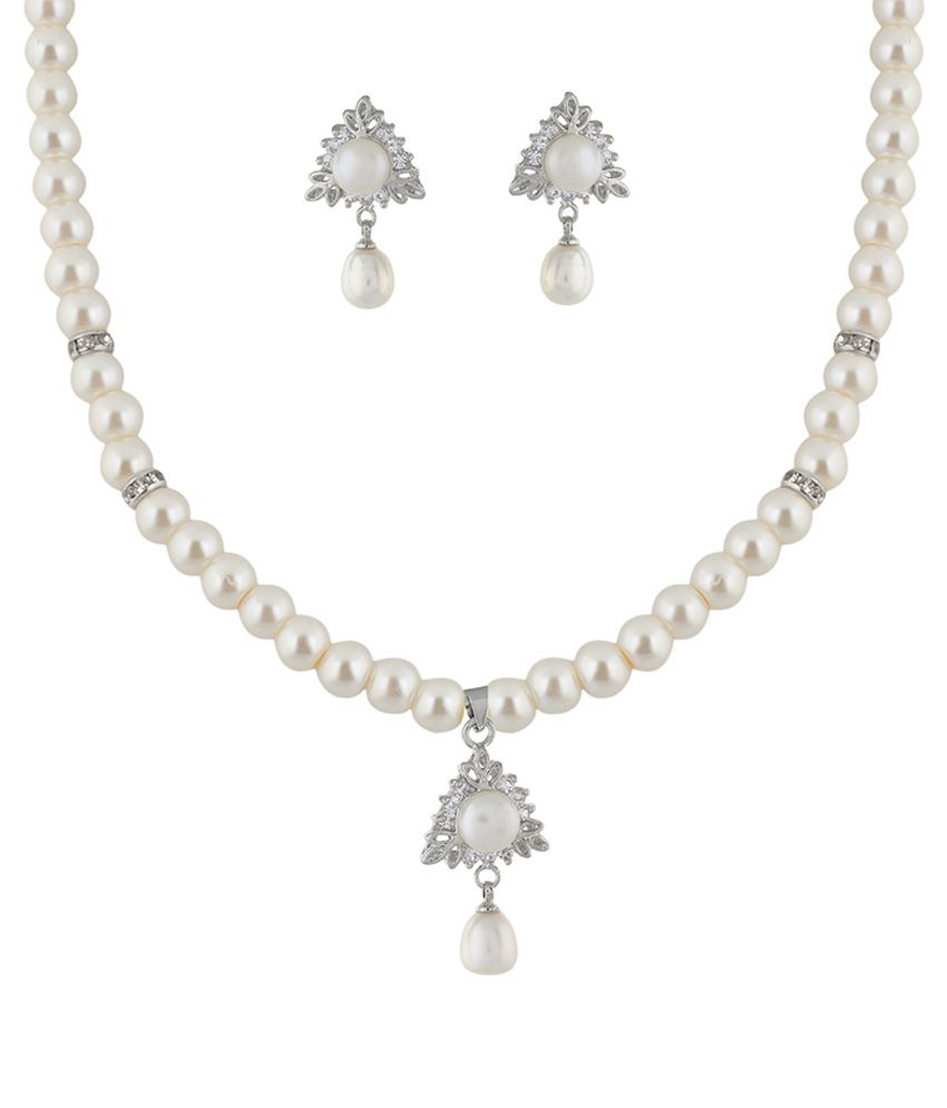 Classique Designer Jewellery White Pearl Necklace Set