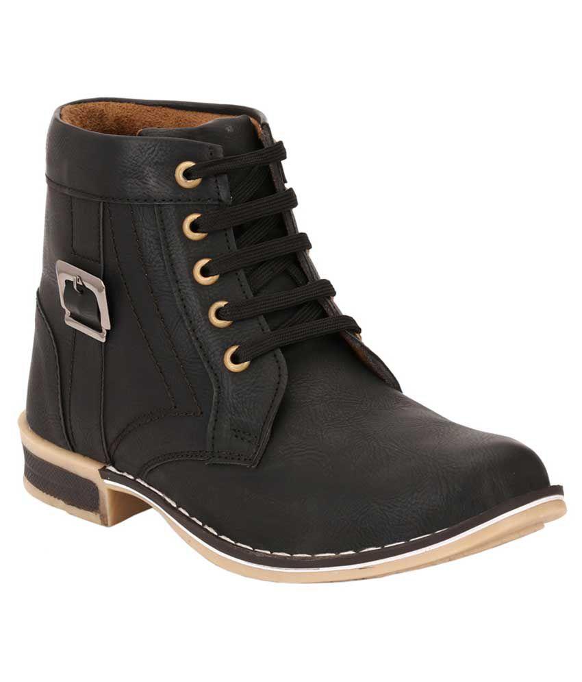 Leeport Black Boots
