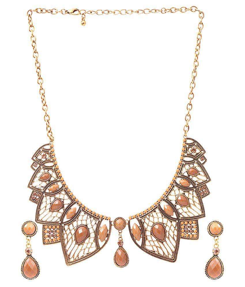 Rizir Fashion Golden Alloy Necklace Set