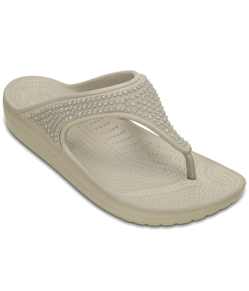 Crocs Standard Fit Beige Slippers & Flip Flops