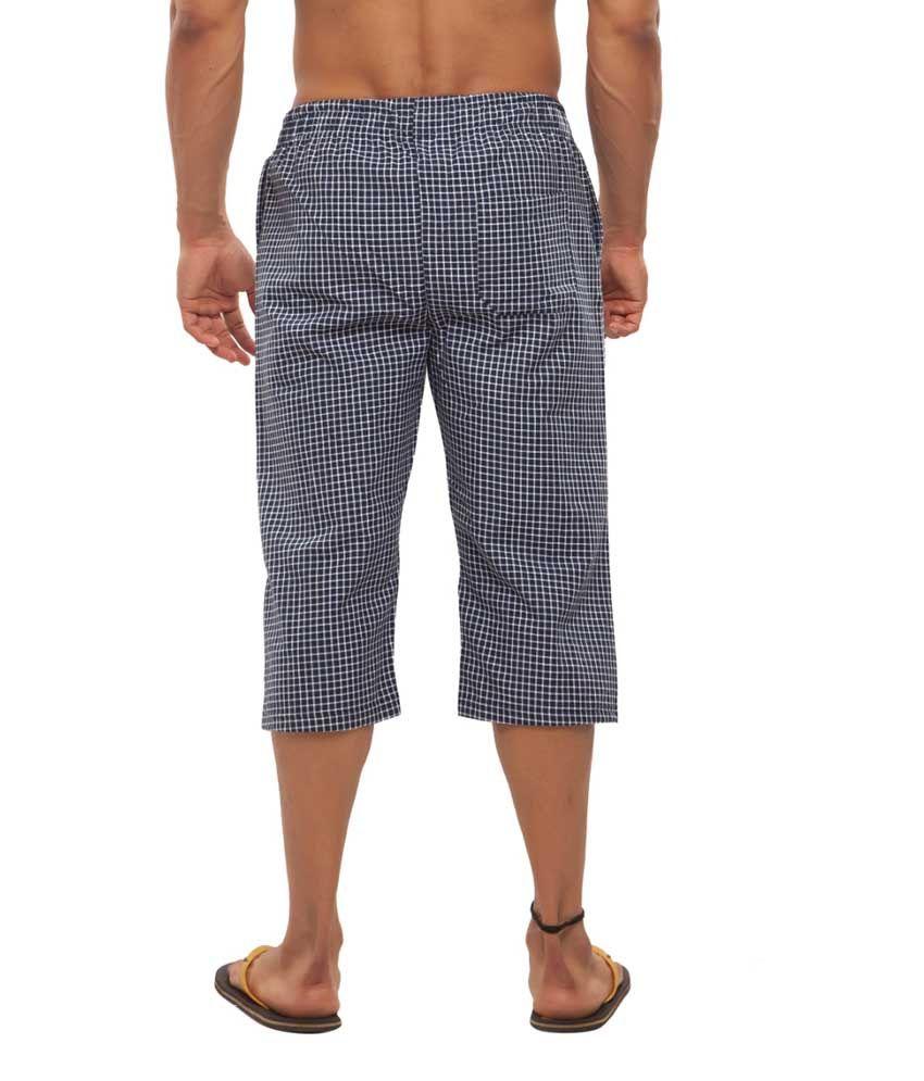 Clifton Fitness Men's Woven Capri- Navy/WhiteSmall Checks
