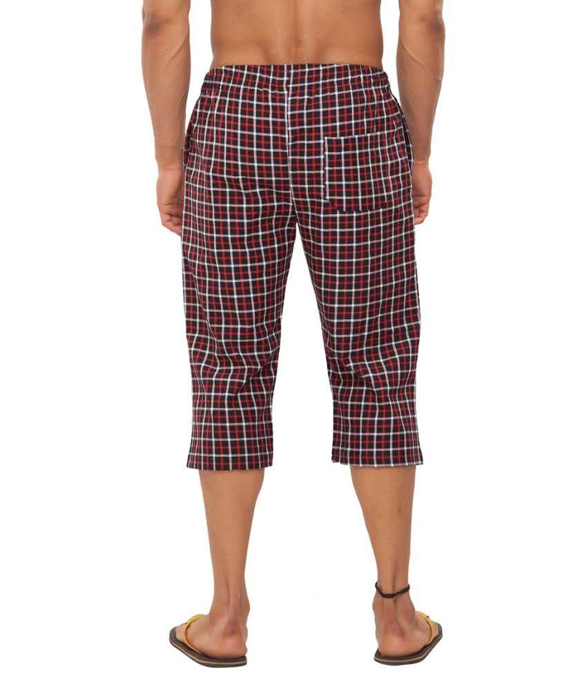 Clifton Fitness Men's Woven Capri- Black/Red Checks