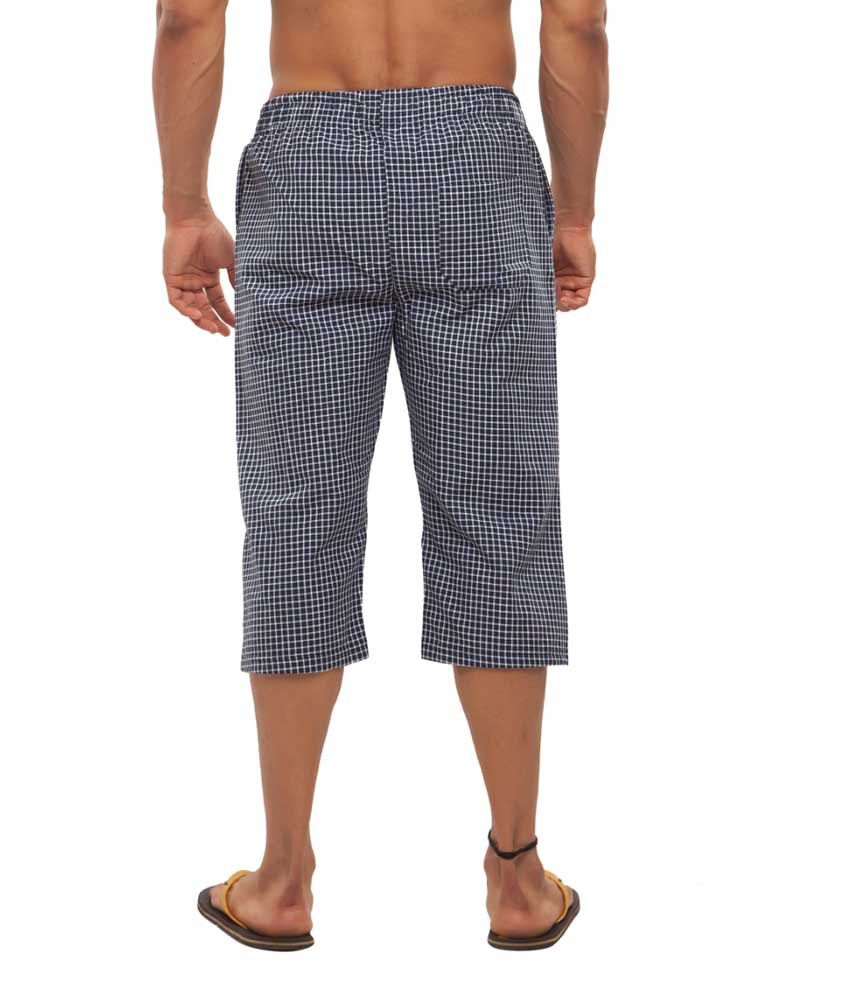 Clifton Fitness Men's Woven Capri- Navy/WhiteSmall Checks