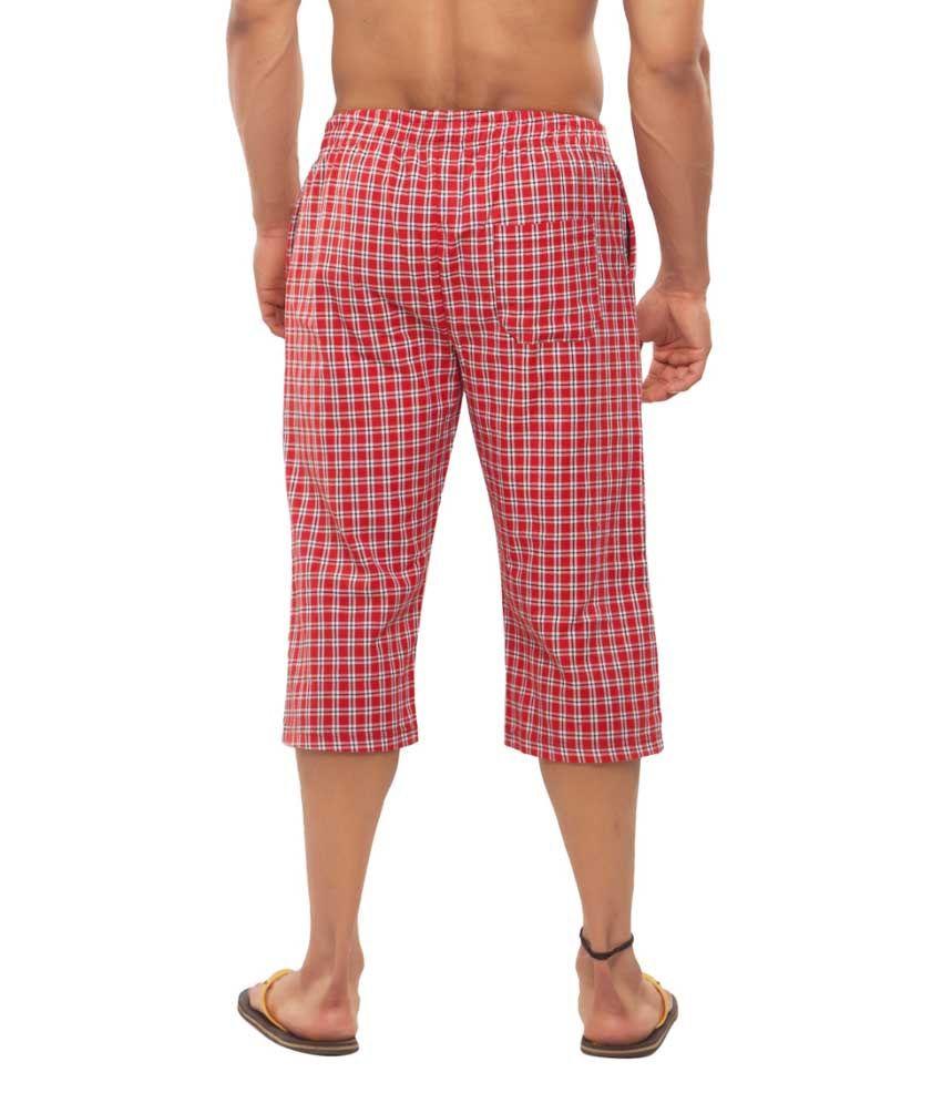 Clifton Fitness Men's Woven Capri- Red/White Checks