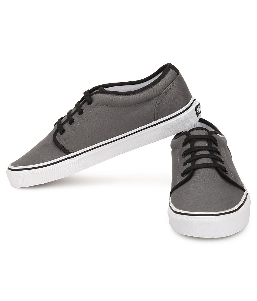 b1d5bec6f0 Vans 106 Vulcanized Gray Canvas Casual Shoes - Buy Vans 106 ...