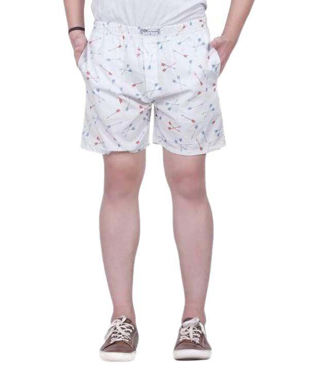 TRUSTEDSNAP White Shorts