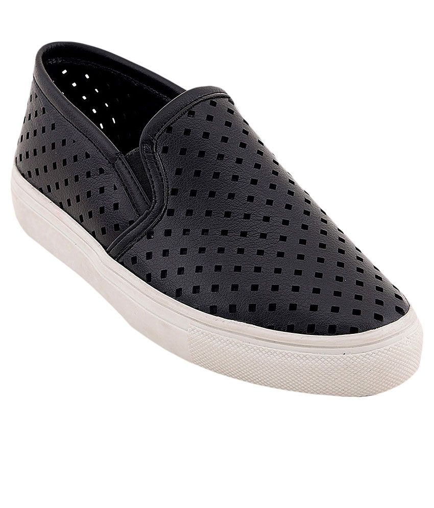 Bruno Manetti Black Sneakers