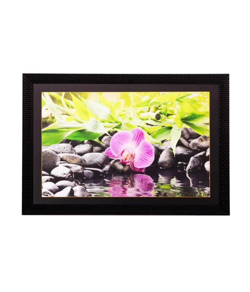 eCraftIndia Flower Close View Matt Textured Framed UV Art Print