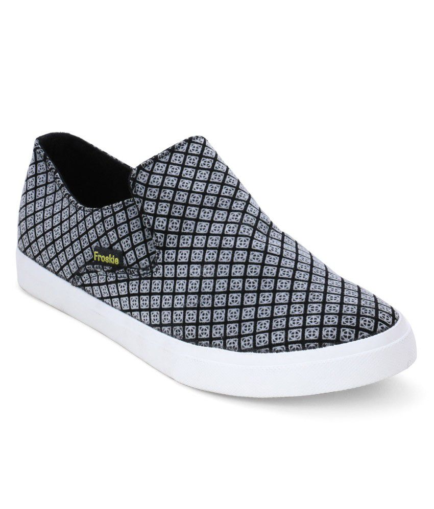 Froskie Black Canvas Shoes