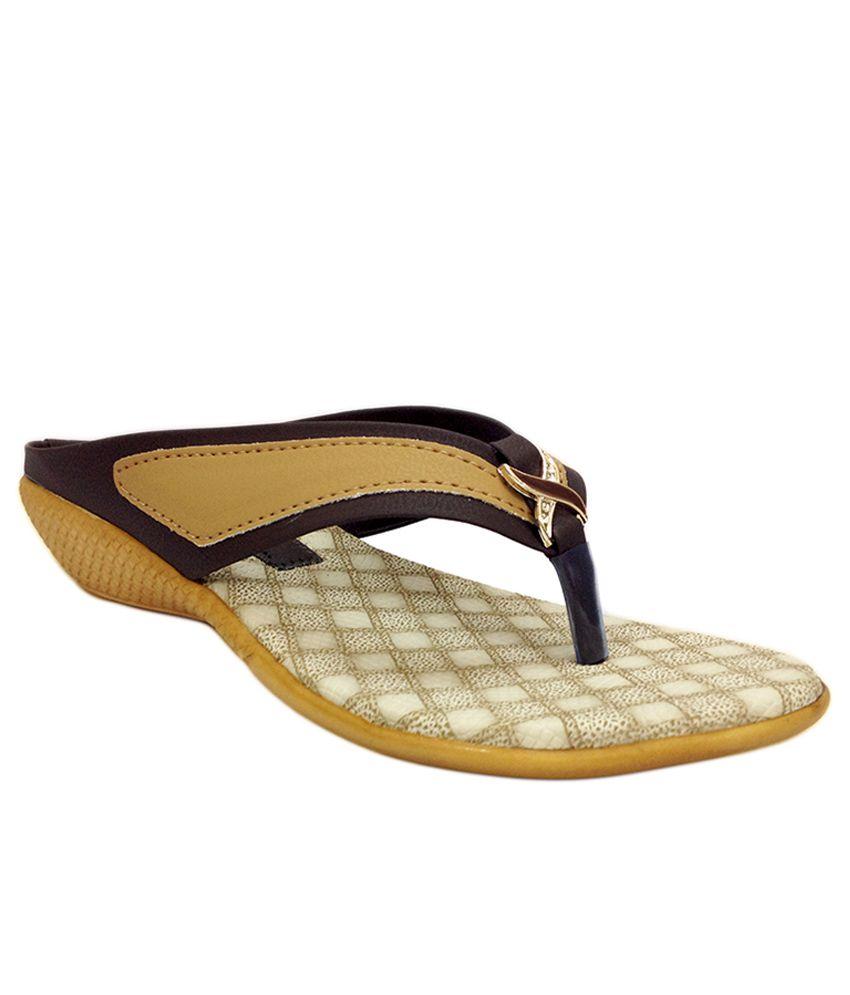 Russo Fashion Beige Wedges Heels