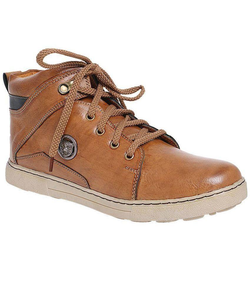 Indian Gorake Brown Boots