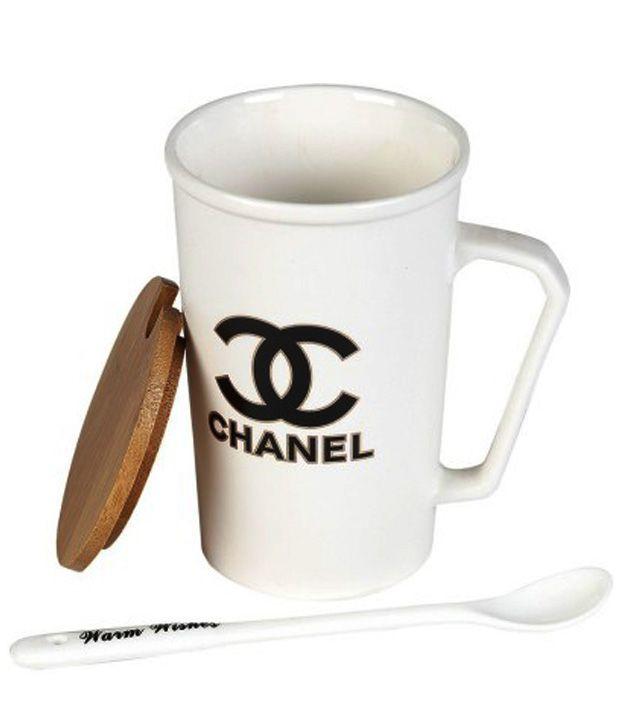 Scoria White Coffee Mug With Wooden Lid