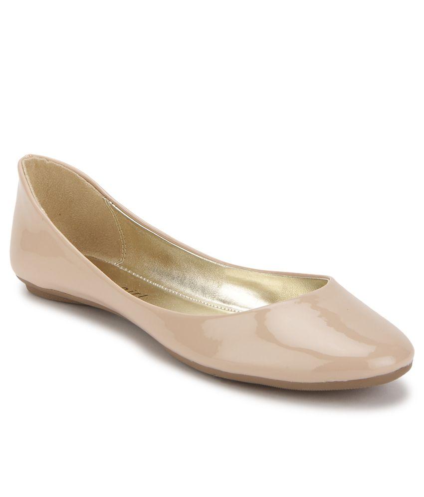 cb1d2f7af2e Steve Madden Havenly Beige Ballerinas Price in India- Buy Steve Madden  Havenly Beige Ballerinas Online at Snapdeal