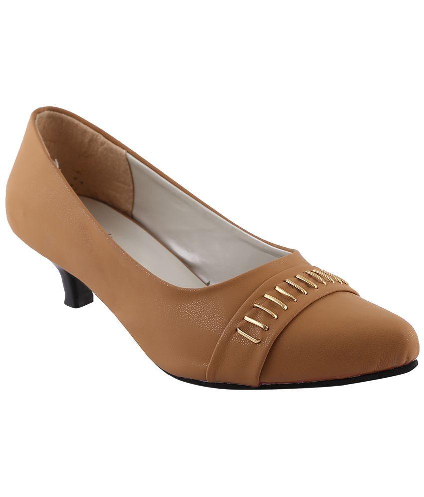 Style Buy Style Beige Heels
