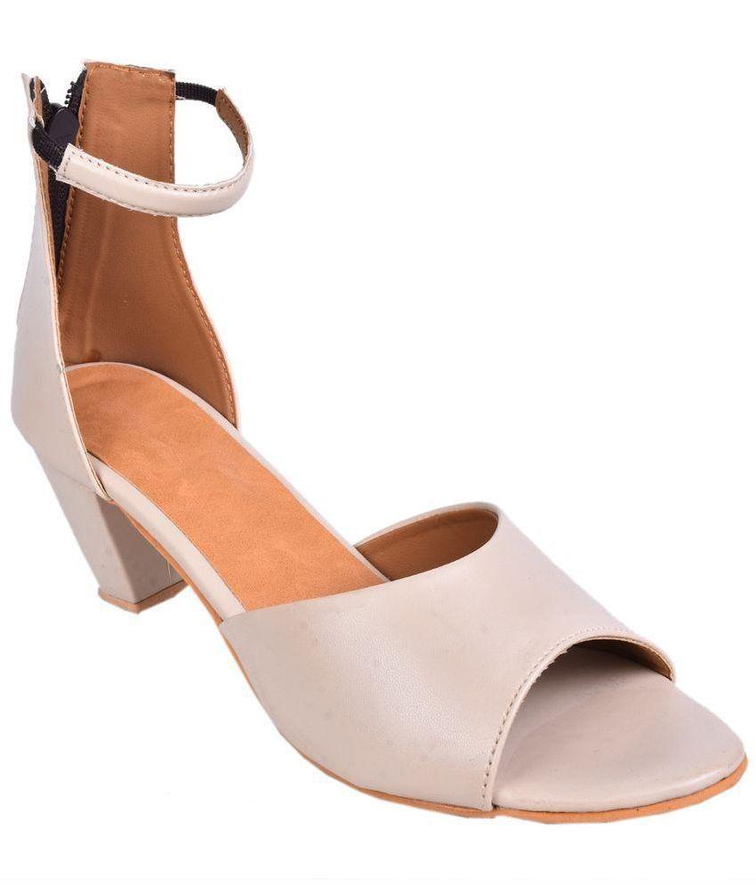 Leather Wood Beige Block Heels