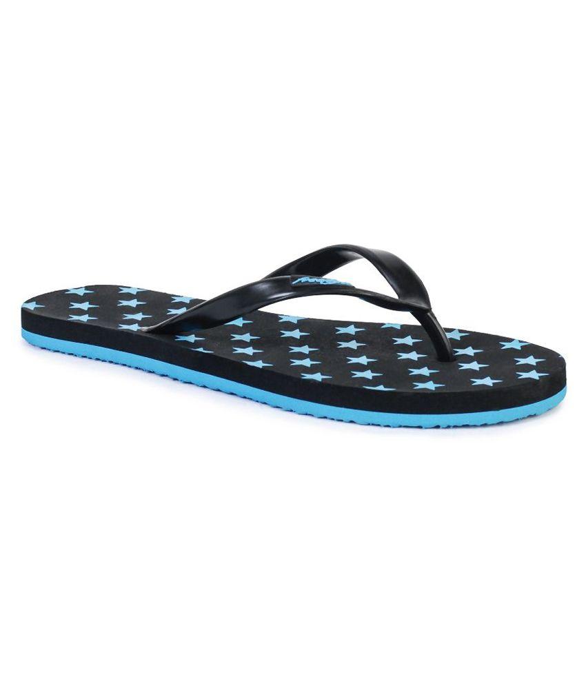 Freetoes Multi Color Flip Flops