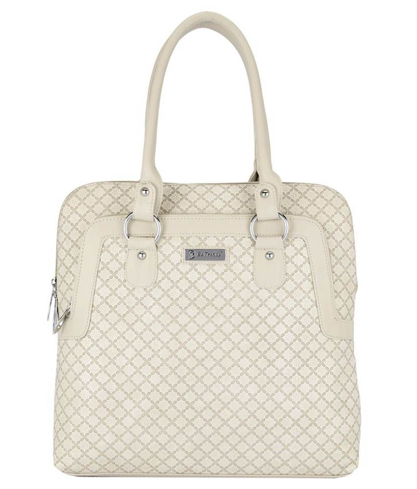 Be Trendy White Faux Leather Shoulder Bag