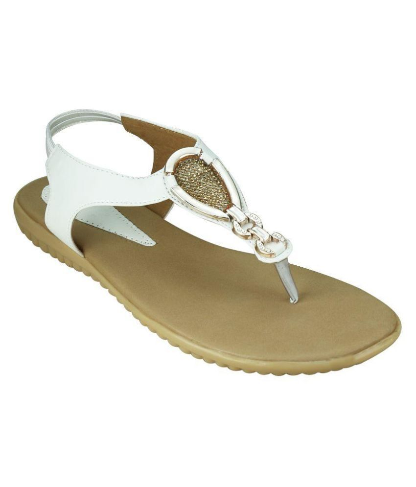 Smart Traders White Flats
