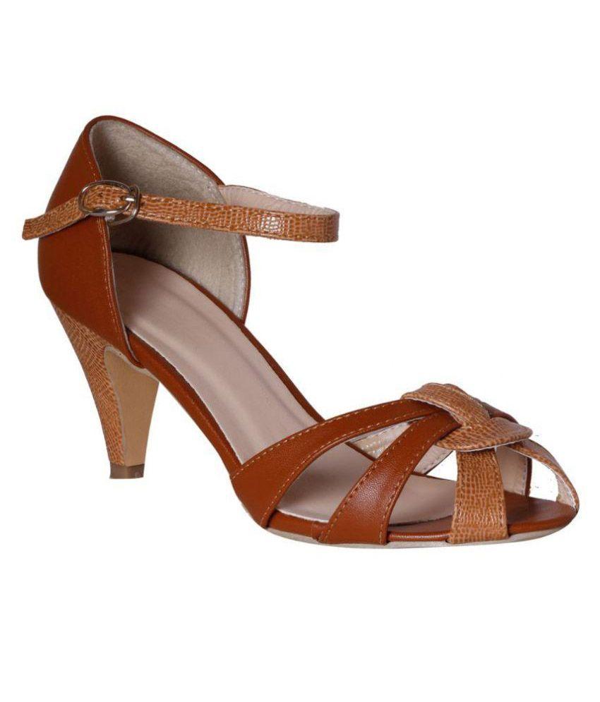 Pantof Brown Cone Heels