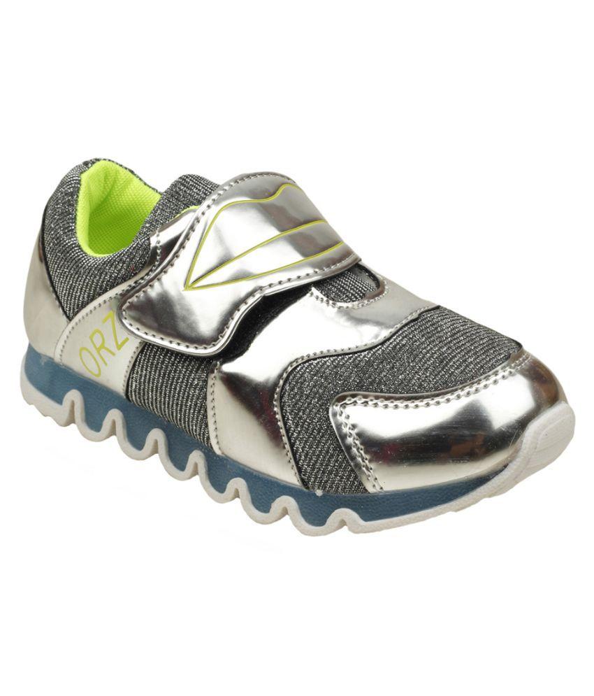 fec8785e4 Zebra Girls Sports Shoes Price in India- Buy Zebra Girls Sports Shoes Online  at Snapdeal