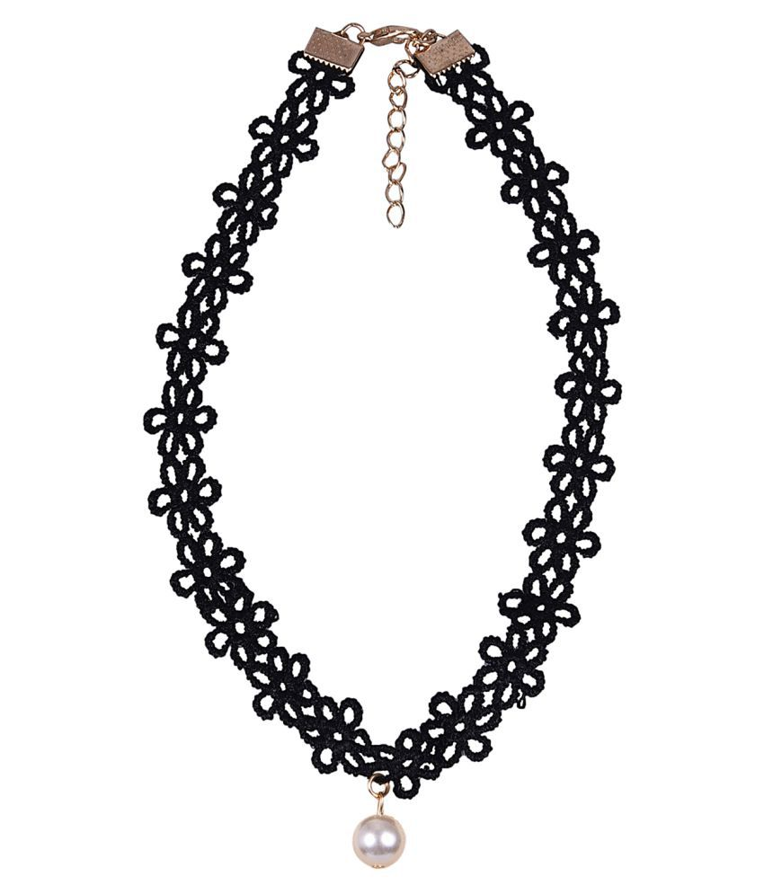 Aaishwarya Black Necklace