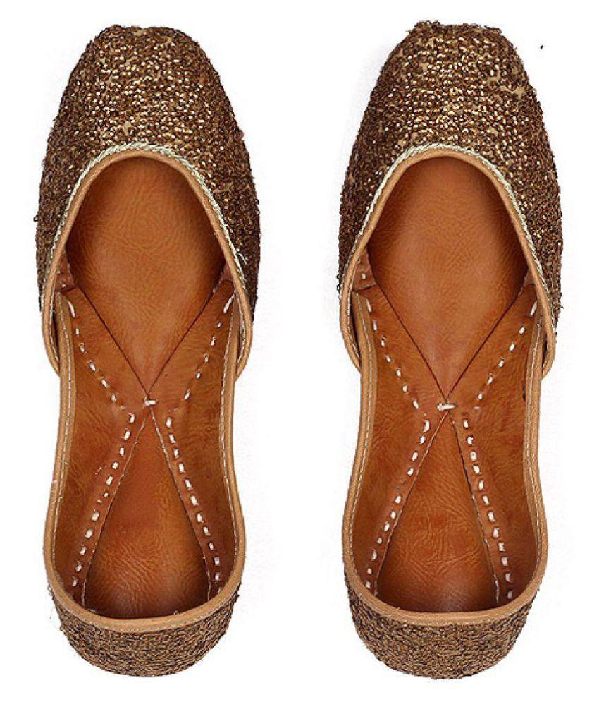 Cusp Gold Flat Ethnic Footwear