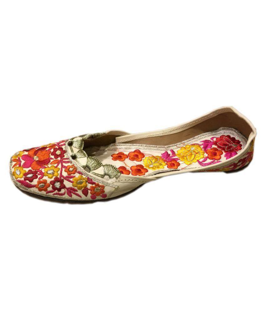 Kalakari E Shop Multi Color Flat Ethnic Footwear