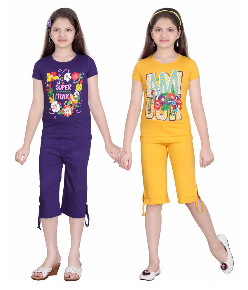 Sini Mini Multicolor Girl's Top & Capri Set (Pack of 2)