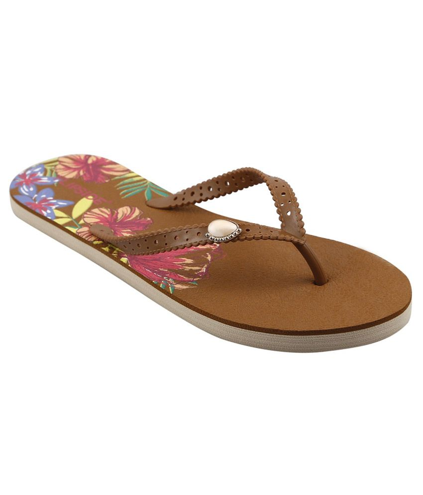 Flipside Womens Canvas Brown Slippers