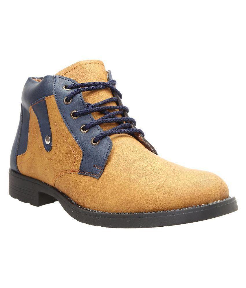 Tomcat Beige Casual Boot