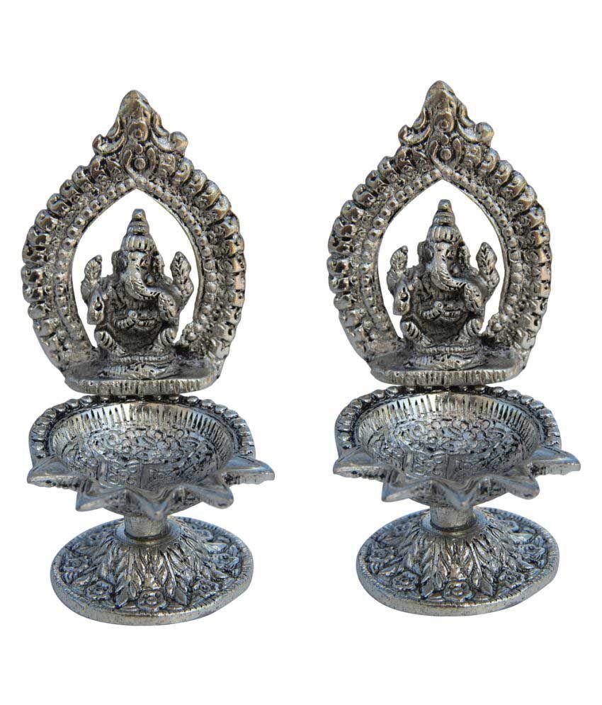 Handicrafts Paradise Table Diya Pack Of 2 Buy Handicrafts