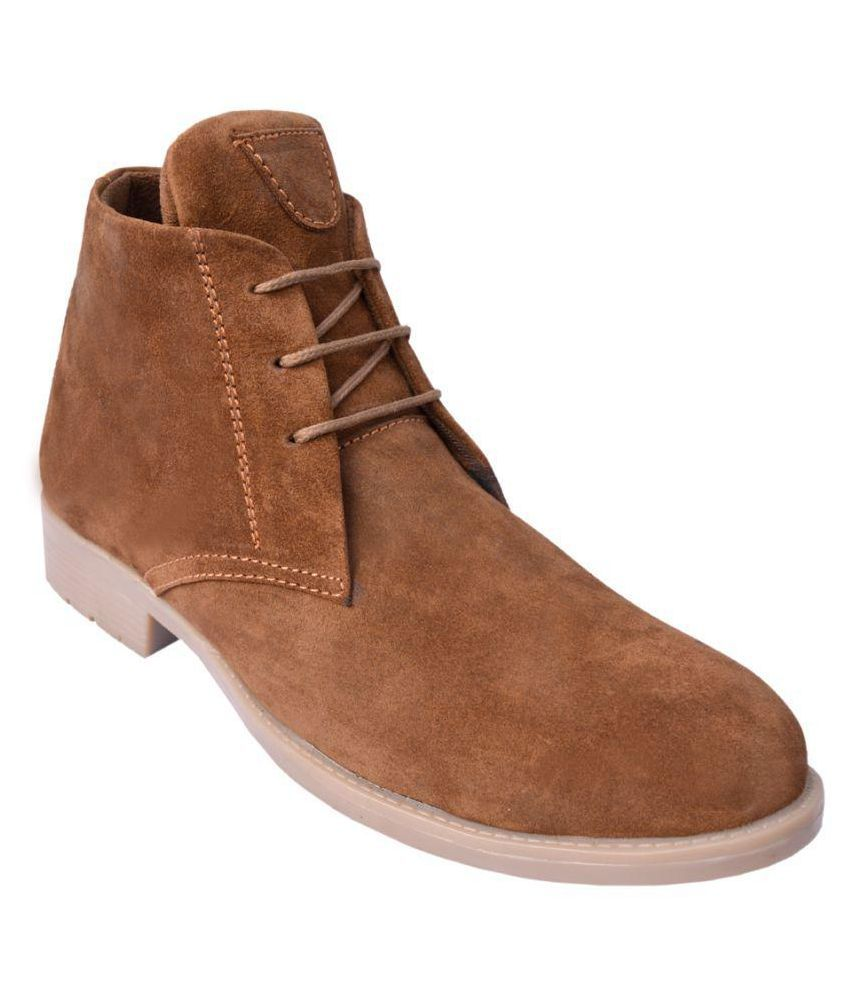 De Moda Tan Chukka boot