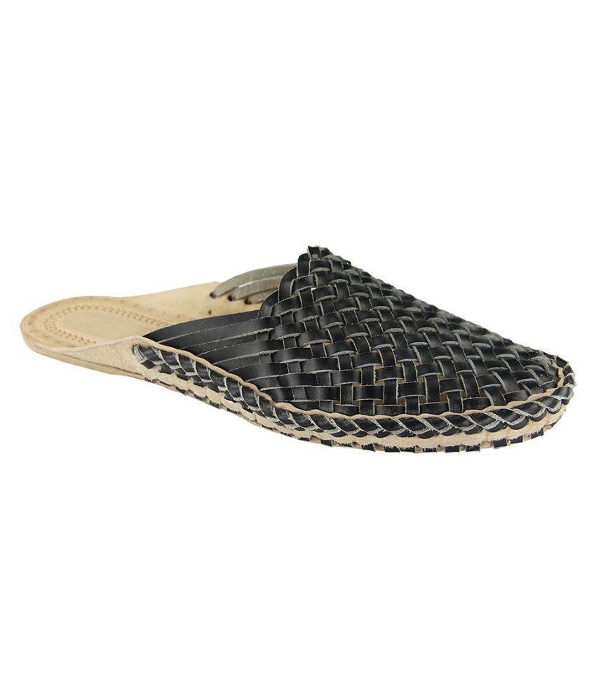 eKolhapuri Black Flat Ethnic Footwear