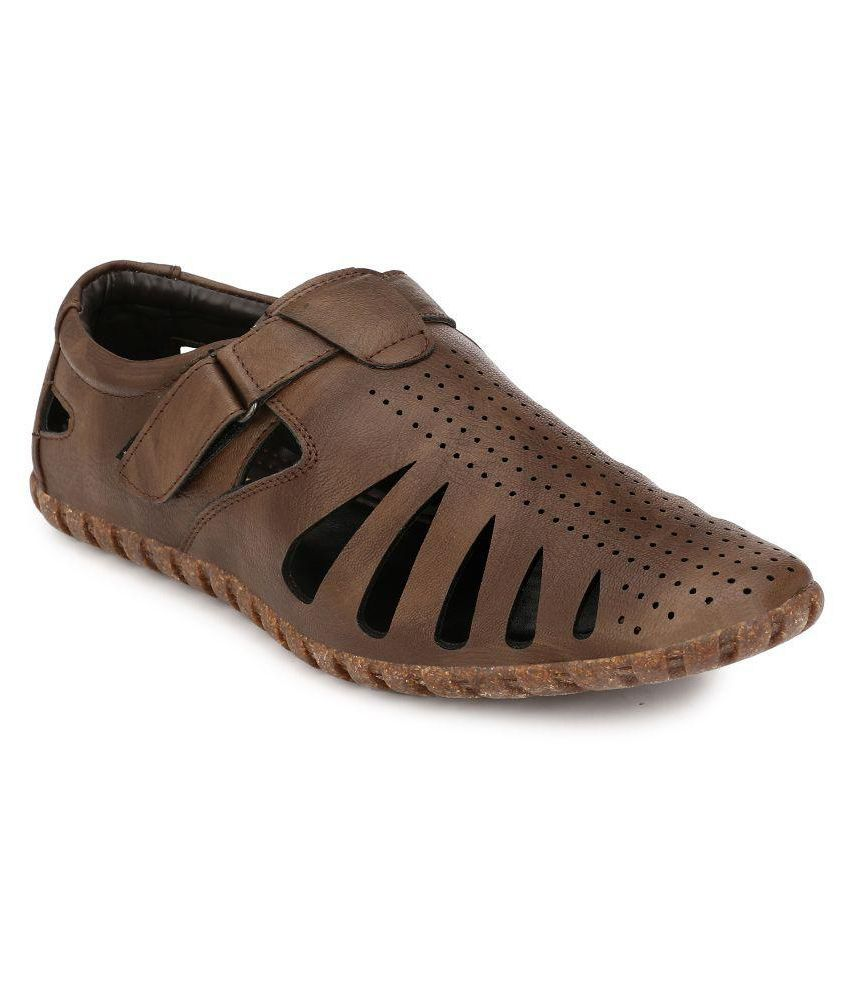 235c3a0ec25d Peponi Brown Sandals Price in India- Buy Peponi Brown Sandals Online at  Snapdeal