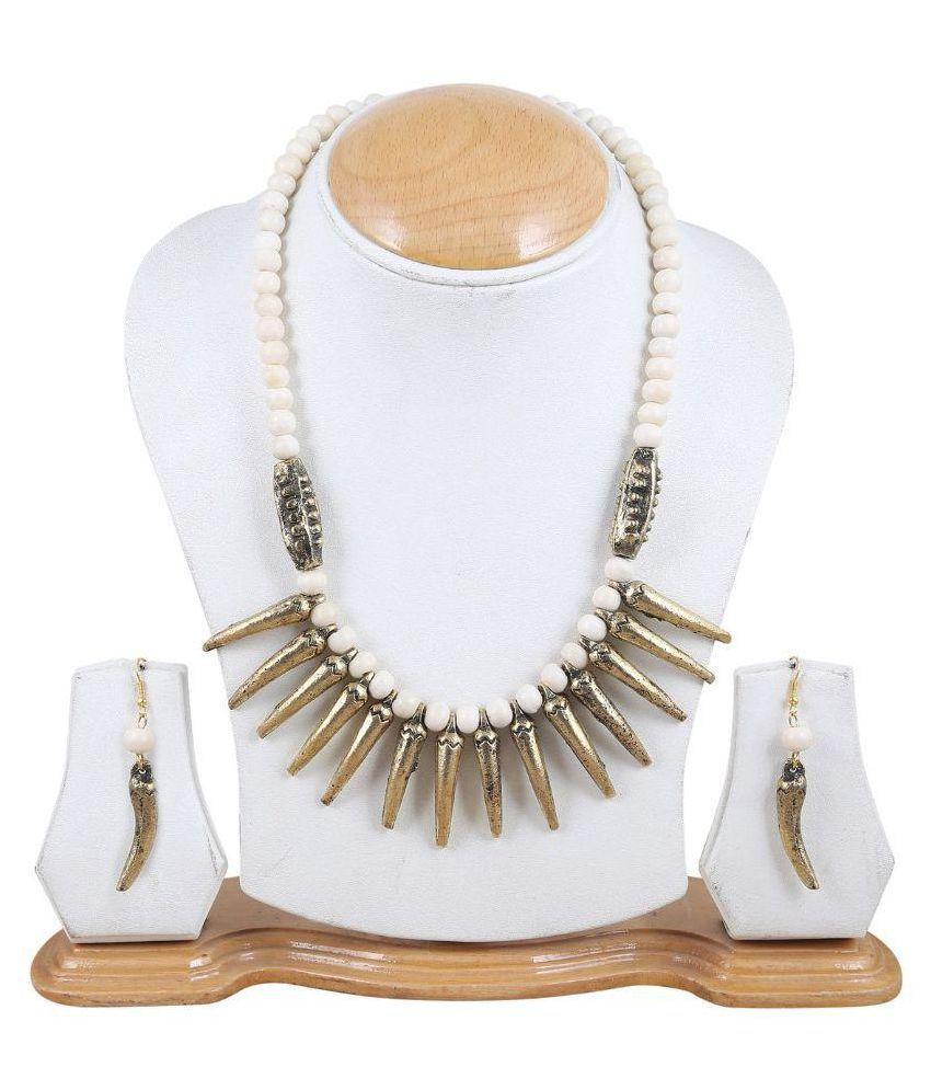 Arittra Multicolour Necklace Set