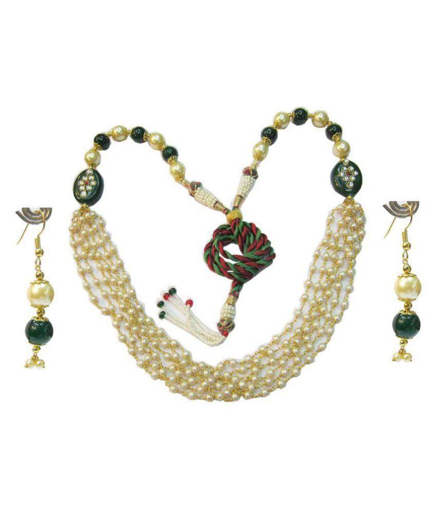Vinayak Rajwada White Kundan Necklace Set