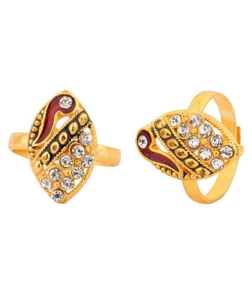 Voylla Golden Toe Ring