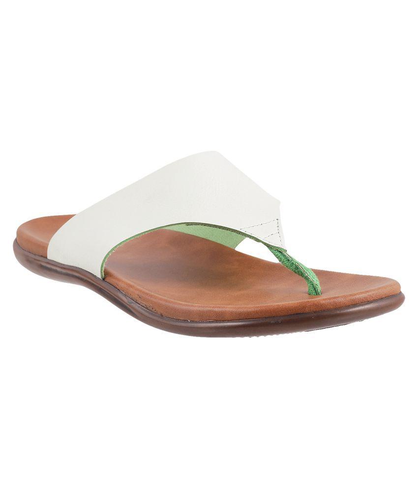 METRO WHITE Slippers