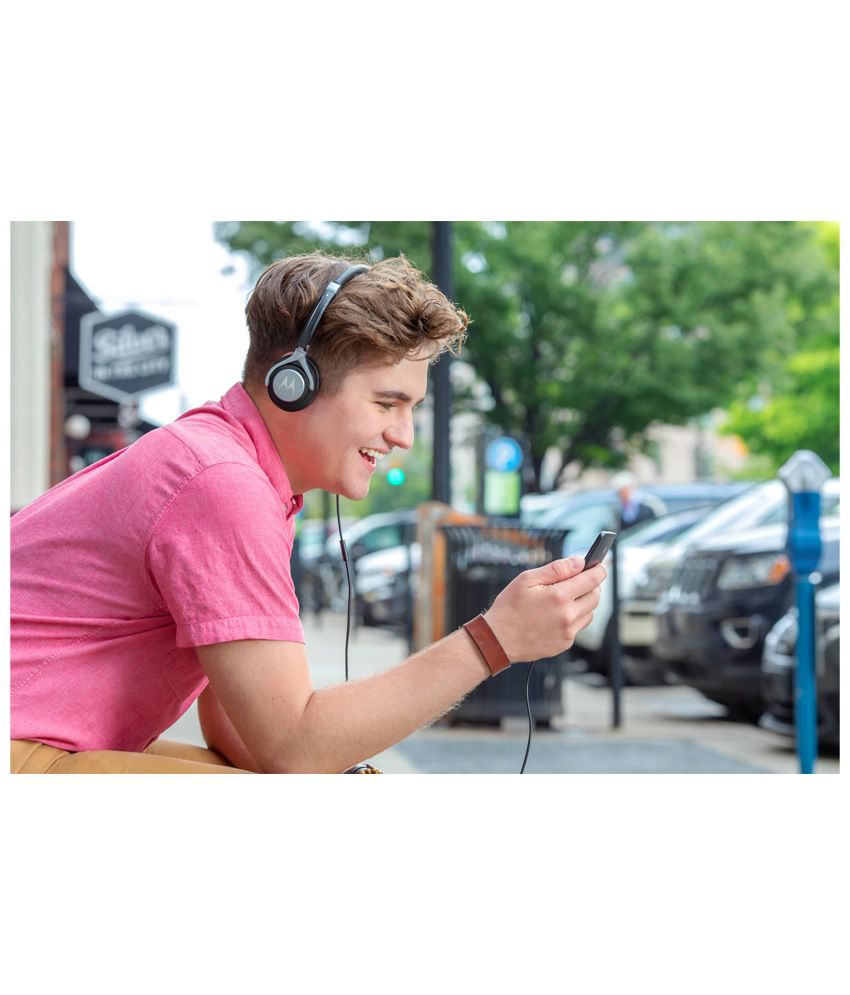 94c1e607ad8 Motorola Pulse 2 Over Ear Wired Headphones With Mic (Black) - Buy ...
